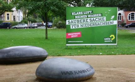 Grünes Wahlplakat am Kantplatz
